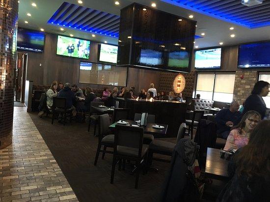 Victor, Estado de Nueva York: City Tavern - main dining room from back