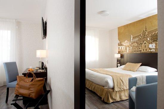 La Chambre d\'Amiens (France) - Hotel Reviews, Photos & Price ...