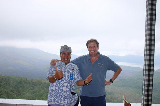 Agus Bali Private Tours: Attilio con Agus - Kintamani con vista di Lago Batur