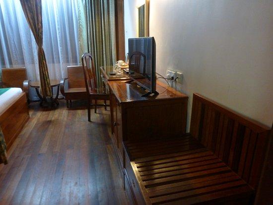Ta Prohm Hotel: #207