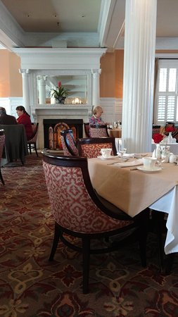 Grand Dining Room Sunday Buffet