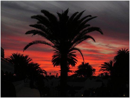 Sol Barbacan Hotel : Efter solens nedgång från vår balkong
