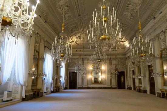 Interior picture of palazzo pitti florence tripadvisor for Palazzo pitti
