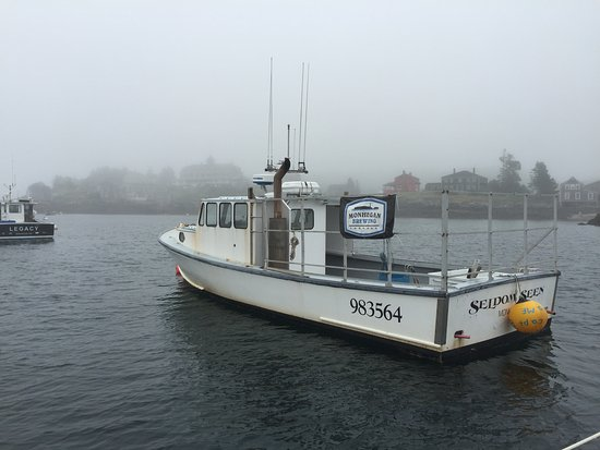 Monhegan Island, ME: This boat is the owner of the breweries Lobster boat. Yep he's a Lobsterman.