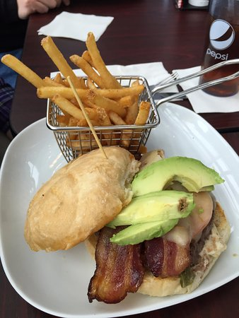 Wausau, WI: Bacon burger with avocado