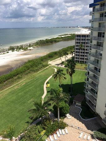 Estero Island Beach Club: View From Condo