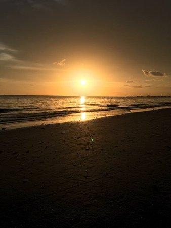 Estero Island Beach Club: Sunset From Beach