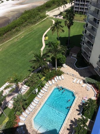 Estero Island Beach Club: View Of Pool From Condo