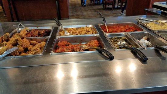 Ria's Restaurant: Buffet
