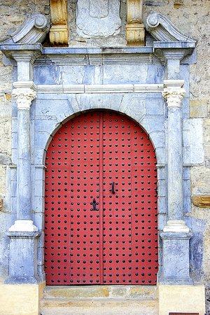 Mauleon-Licharre, France : Portal