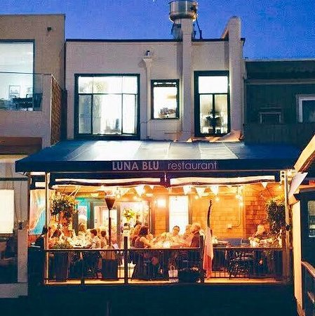 Luna Blu: Some homemade pasta, special appetizers, secondi, signature cocktails and dessert.  The view of