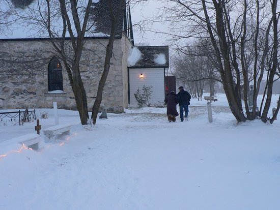 Selkirk, Kanada: The Advent Service at the Old Stone Church