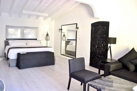 라스 카사스 B+B 호텔