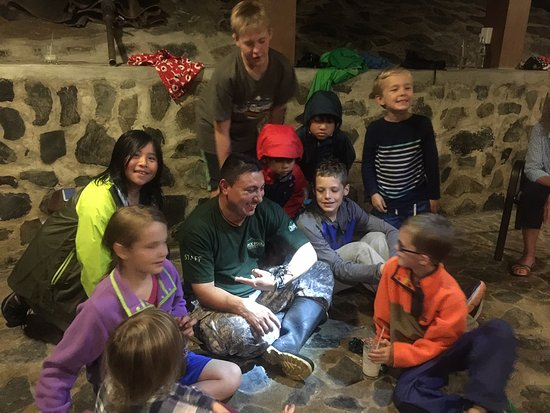 Black Rock Lodge: Night time adventures for the younger crowd with Fernando