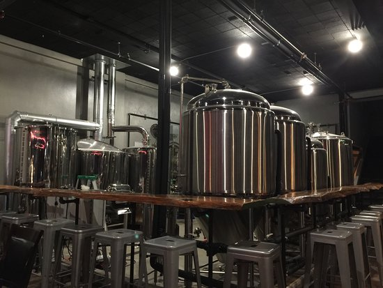 Longview, TX: Oil Horse Brewing Company does not hide their tanks.