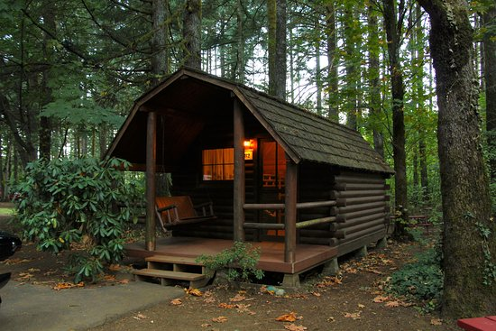 Cascade Locks KOA: This cabin has a full size bed plus bunks, which worked well for the 3 of us to have our own bed