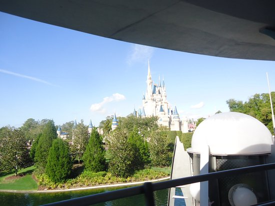 ‪Tomorrowland Transit Authority PeopleMover‬
