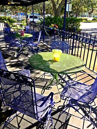 Beach Bum Bagel Cafe: Patio Seating At Beach Bum Bagel