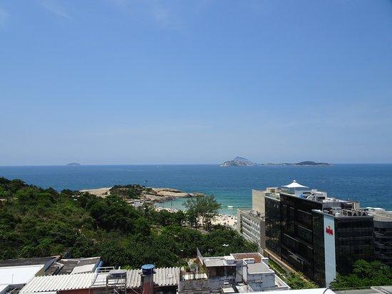 Atlantis Copacabana: vista desde la piscina