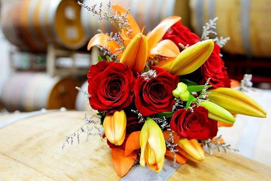 Benton City, WA: Flowers in the Barrel Room