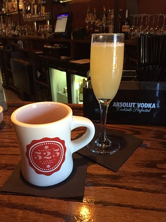525 Magnolia Tavern: Sunday Brunch