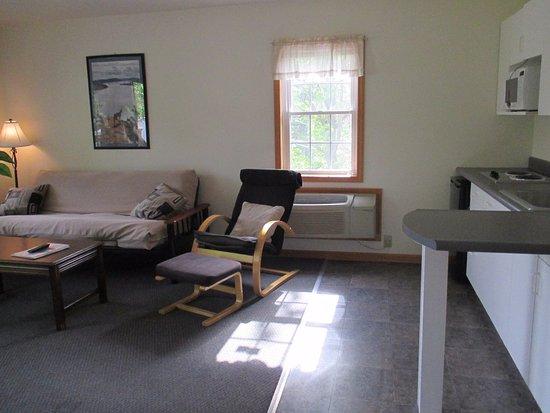 Blair House: motel suite