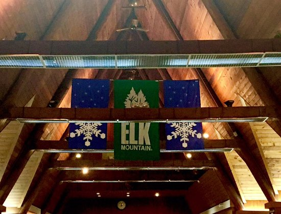 Union Dale, PA: Lobby of Elk Mountain!