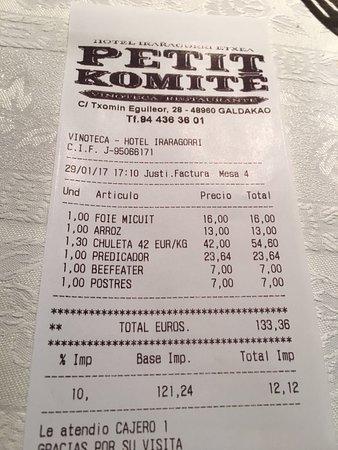 Petit Komite: La cuenta.