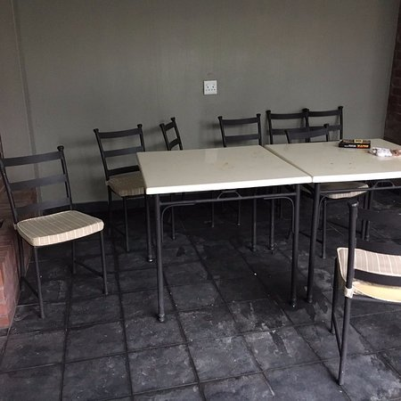 Stanger, South Africa: Outside dining area had several cushions that were torn and was generally dirty