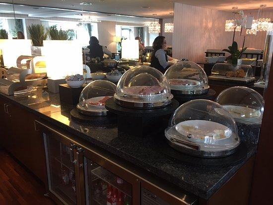 Executive lounge breakfast buffet picture of jw - Jw marriott la live room service menu ...