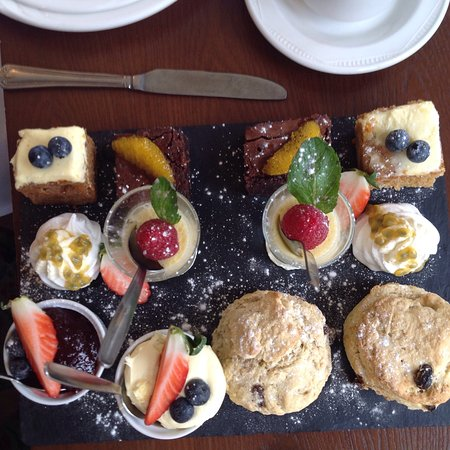 Makeney Hall Hotel: Tea for two (puddings)