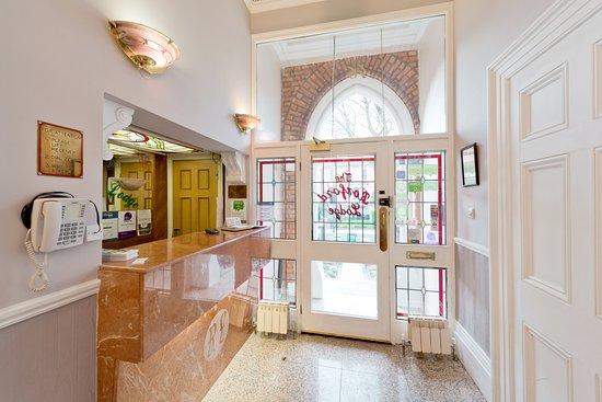 Roxford Lodge Hotel: Reception