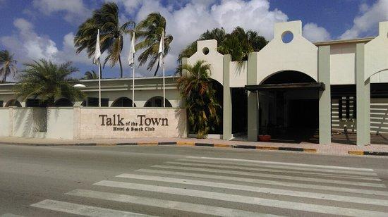 Talk of the Town Hotel & Beach Club: IMAG0770_large.jpg