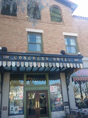 The Historic Hotel Congress: back outdoor dining