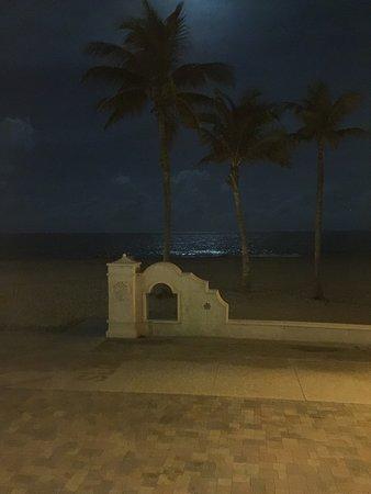 Paradise Oceanfront Hotel: photo3.jpg