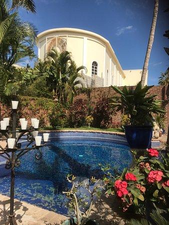 Hotel California: photo5.jpg