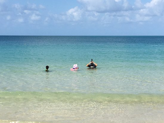 Corn Islands, นิการากัว: Doesn't get any better than this! Best beach on the island! Lovely accommodations, beautiful gro