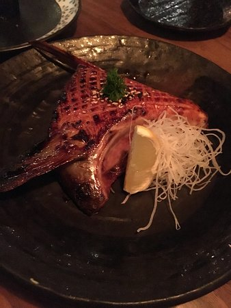 Fairfax, Californien: hamachi kama - yellowtail collar