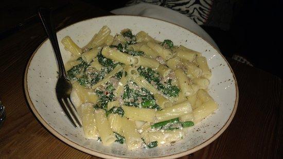 Belmont, MA: Pasta w sausage ricotta & broccoli