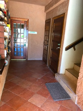 Caye Casa: Walkway from Pool to Office and Upstairs