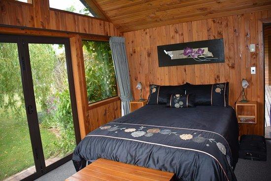 Fairlie, New Zealand: Our garden room.