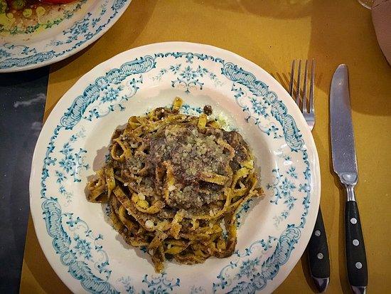 Di Qua': Pasta with truffle