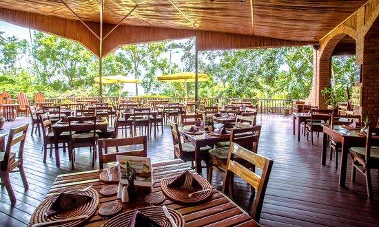 Heaven Restaurant & Boutique Hotel: Heaven Restaurant terrace