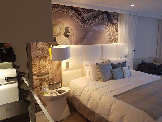 Chambre de luxe, vue mer - Bild von Cures Marines Trouville ...