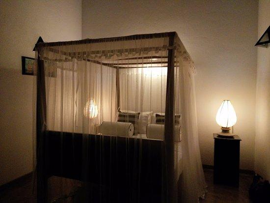 Suhada Villa : beautiful and comfortable bed