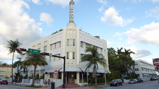 The Hotel of South Beach: Aussenansicht Collins- Ecke 8th Street