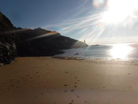 St Austell, UK: On longer trips, have lunch on magical beaches