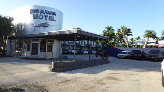 Blue Marlin Motel: Einfahrt Motel Blue Marlin