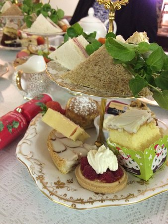 Out Rawcliffe, UK: Christmas Afternoon Tea