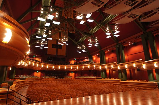 DeBartolo Performing Arts Center